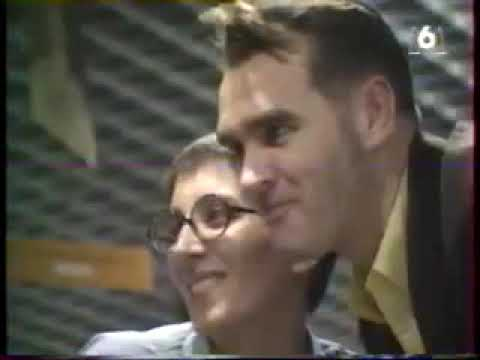 Morrissey FNAC Signing (French Television) (1995)