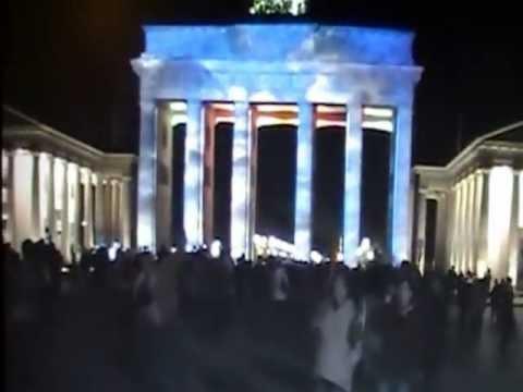 Das kleine Vorspiel und dann die grandiose Lichternacht in Berlin am Brandenburger Tor, Hotel Adlon.