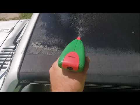 HOW TO REMOVE MOLD AND MILDEW FROM A VINYL JEEP WRANGLER TOP