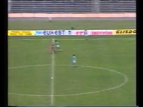 Miedz Legnica - AS Monaco,Puchar Zdobywcow Pucharow 1992 2 polowa, nagrane bez komentatora.