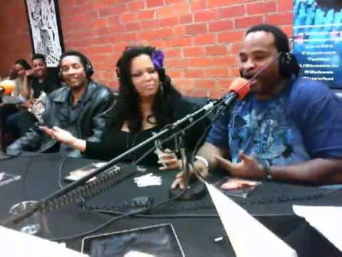 Reach Around Radio - Speedy vs The Chatroom(4-26-2012)