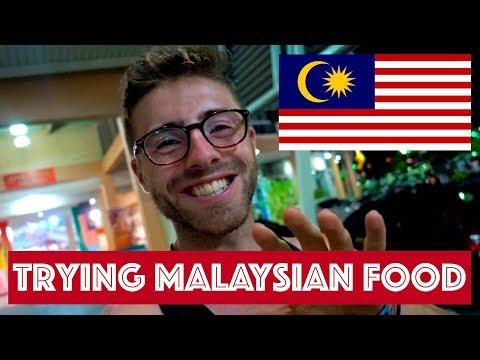 TRYING MALAYSIAN FOOD IN SARAWAK, BORNEO || TRAVEL MALAYSIA