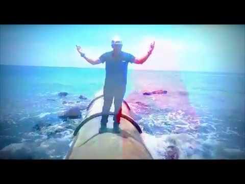 Qalam Band - Hakikat Seorang Pencinta  (Lirik)