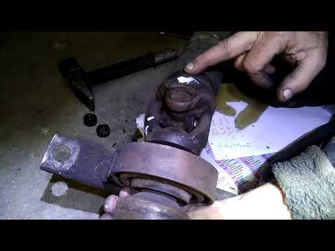 ВАЗ 2101 - ВАЗ 2107 (классика) - Замена крестовин карданного вала и подвесного подшипника