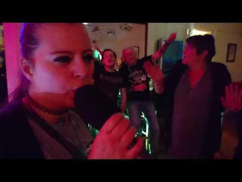 Shaina performs The Voice by John Farnham at The Monarch Karaoke 🎤