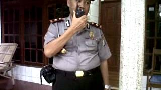 POLISI Dan Handy Talky