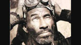 Lee Sratch Perry - Lee Scratch Perry On The Wire