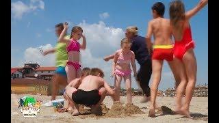 Speak a trisat la un concurs de facut castele din nisip ca sa scape de munca!