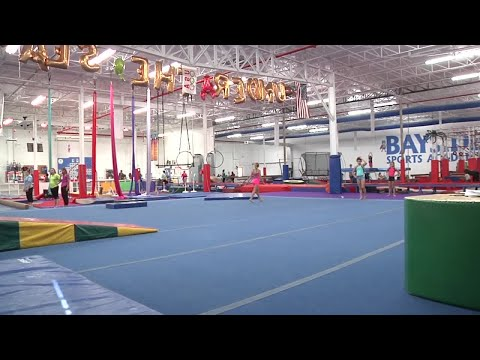 The Morning Rush - Blind girl becomes gymnast