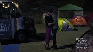 gabi and josh jabi kiss scene   young and hungry 3x01
