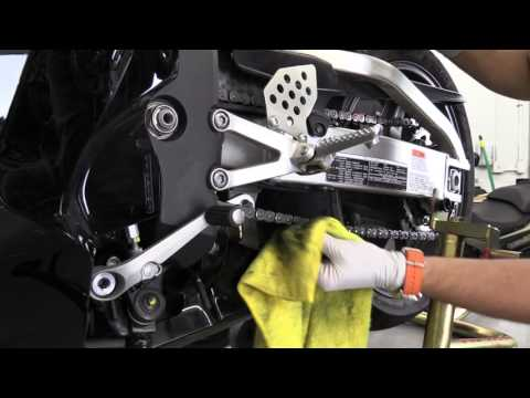 Here is how to clean motorcycle chain