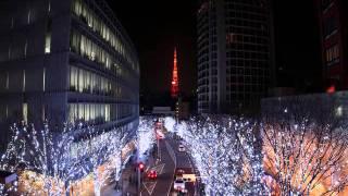 雪のメリークリスマスタイム 揺れる街のキャンドルライト 道ゆく人の波...