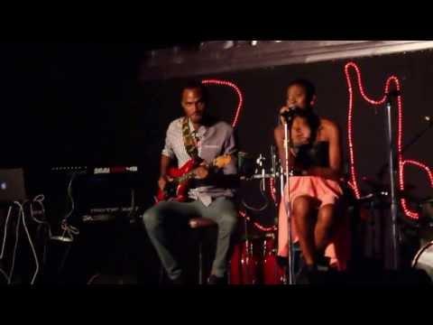 Toni Blair- Age (Live)