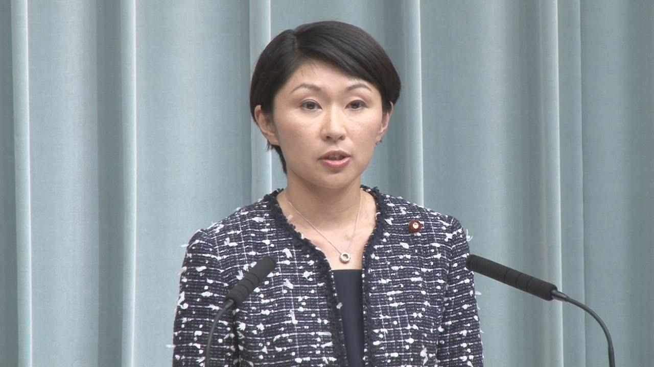 小渕優子経済産業相 第2次安倍改造内閣発足時