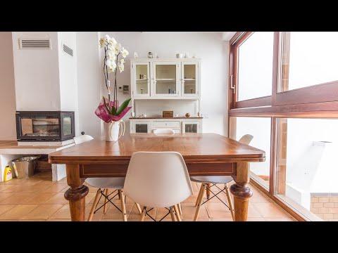 Moderna casa con garaje y piscina en Mahón, posible alquiler con opción a compra