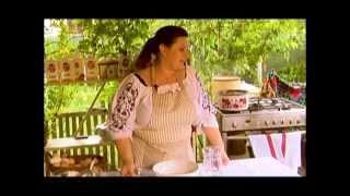 Laura Laurentiu la PaprikaTV - Dictionarul Produselor Traditionale Românești - 3 Retete din Banat