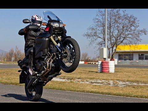 Yamaha XT1200Z Super Ténéré Action Video