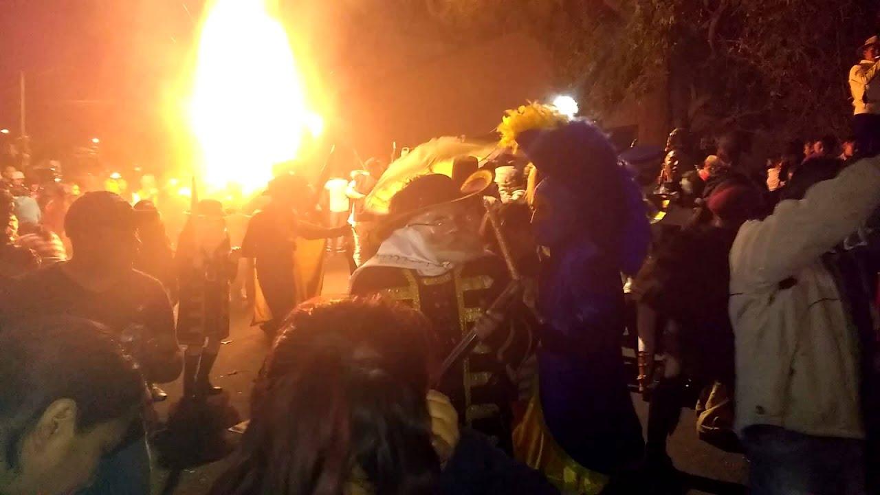 Carnaval pe n de los ba os barrio de los reyes ultimo for Lo ultimo en banos 2016