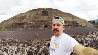 Exploring Teotihuacan Pyramids (VLOG) - Jeremy Sciarappa