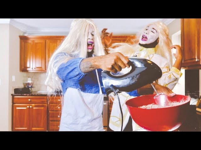 baking-brownies-as-white-chicks-from-the-movie-extremely-funny