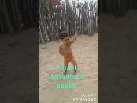 Mali dançando