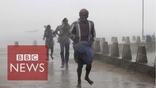 Cyclone Hudhud batters eastern India - BBC News