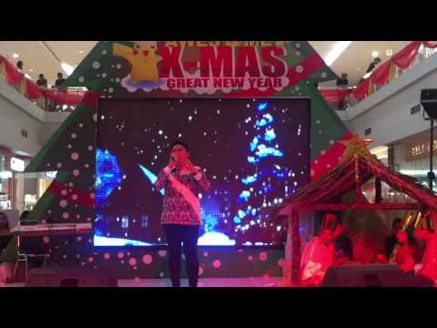 Whistle Voice by Indonesian Male Singer singing Oh Holy Night (indra octav)