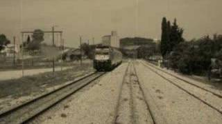 Play Freight Train Blues