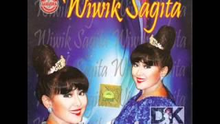 Video Sate Wedus   Wiwik Sagita   Best Of Wiwik Sagita 2013 download MP3, 3GP, MP4, WEBM, AVI, FLV Agustus 2017