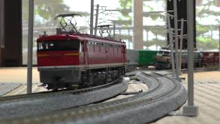 【鉄道模型】HOゲージ 峠のシェルパEF67 105と1050レ