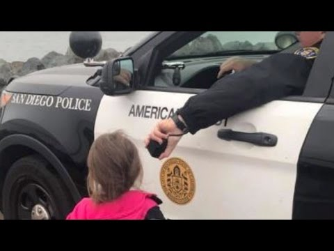 Thumbnail: Cop Lets Kids Use Patrol Car Speakers To Say Bye To Dad As His Navy Ship Leaves