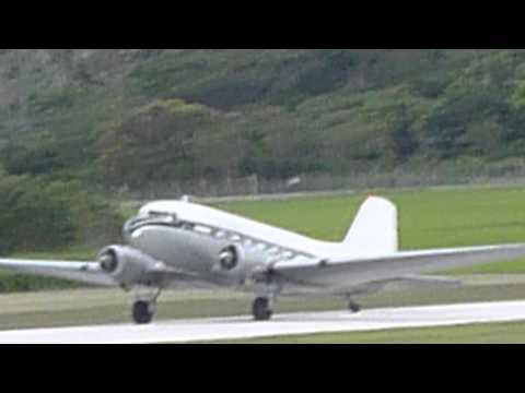 Tonga   Fua Amotu airport Ancient Plane