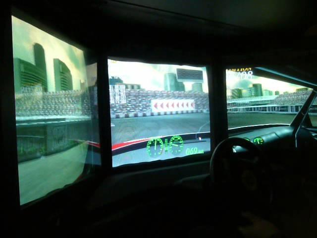 Sega F355 Challenge DX 3 Screen Arcade 16 Lap Race Long Beach Circuit Manual Gears 1st
