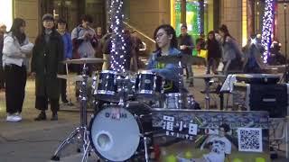 羅小白貴婦信義新天地A11爵士鼓街頭表演.
