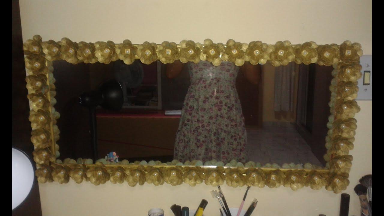 decorar banheiro velho:DIY-moldura de espelho com flor de caixa de ovo-passo a passo