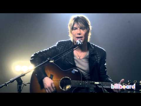 "The Goo Goo Dolls' John Rzeznik Performs ""Rebel Beat"""