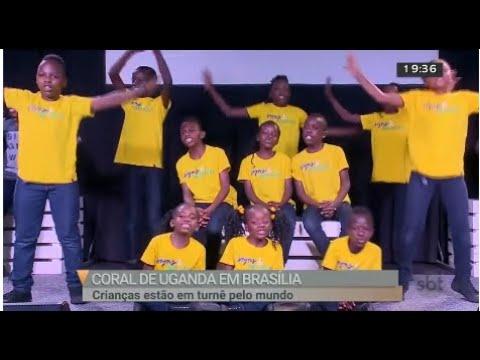 Coral de crianças de Uganda se apresenta em Brasília | Jornal SBT Brasília 31/07/2018