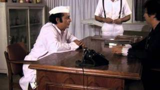 Good comic scene - Asrani Paintal make it a laughter riot - Jaisi Karni Waisi Bharni