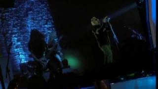 Alice in Chains with Maynard Keenan - Them Bones & Man in the box (live)