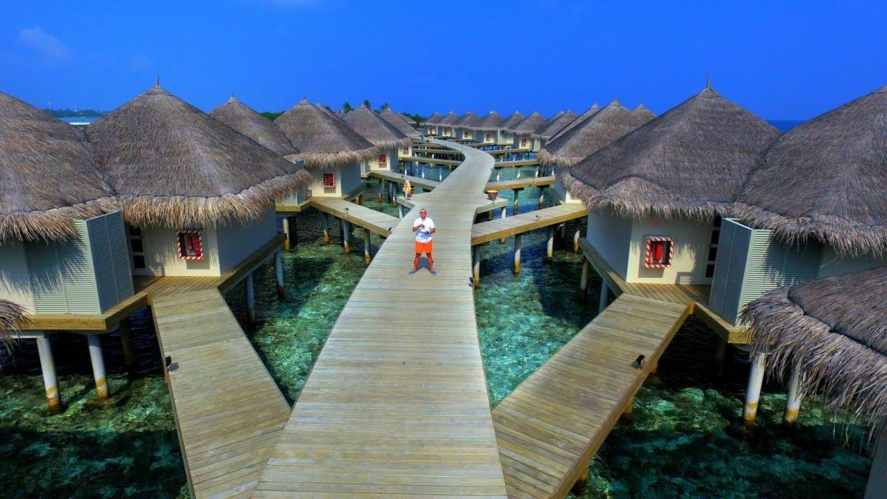 hotel cinnamon dhonveli maldives aerial film drone. Black Bedroom Furniture Sets. Home Design Ideas