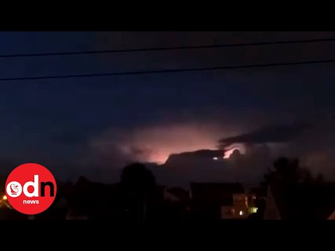 Breathtaking Footage Shows Lightning Strikes Across US