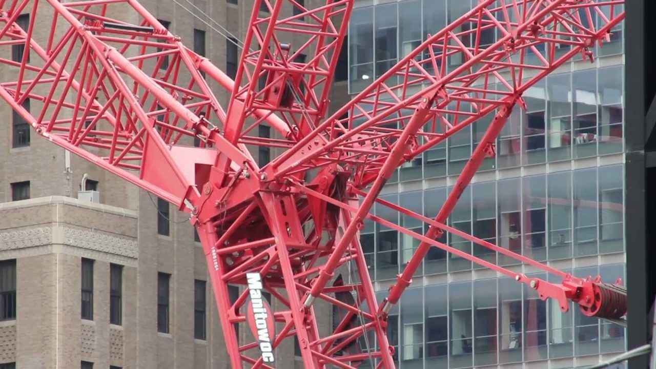 Manitowoc 18000 Installing Tower Crane Boom