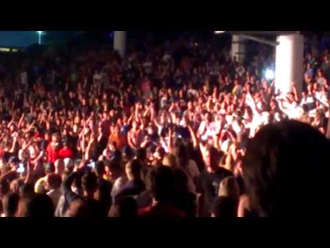 Shinedown performing Simple Man at DTE 9/7/2012