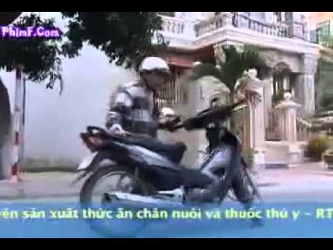 YouTube   hai Hoai Linh 2010 Rượt đuổi tình yêu part 2 hai tet 2010