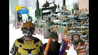 Домашние сражения игрушек ↑ Военные солдатики,  нёрфы, роботы машины ↑ Обзор игрушек