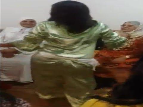 رقص شعبي مغربي بجلابة كلشي باين واااو thumbnail