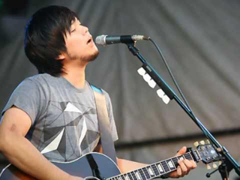 Hata Motohiro - Aliens (Live at the room) [Audio]