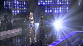 Tinchy Stryder & Pixie Lott performing 'Bright Lights' on Let's Dance for Sports Relief