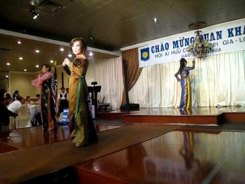Áo Dài Gia Long Fashion Show 120609