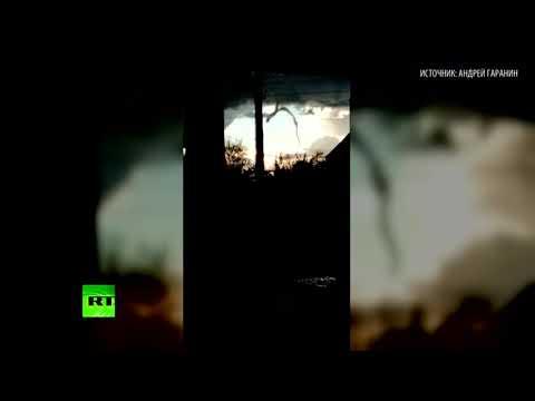 Момент зарождения смерча в Нижегородской области попал на видео